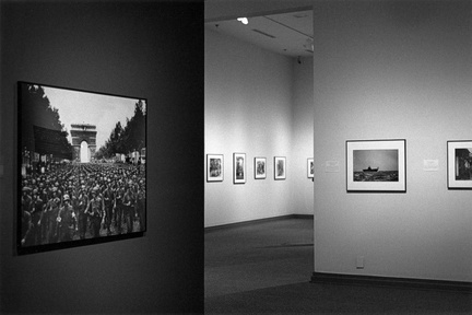 Huntsville Museum of Art WWII photo exhibit (105810-7)